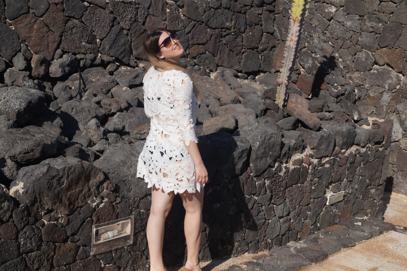 vestido y roca
